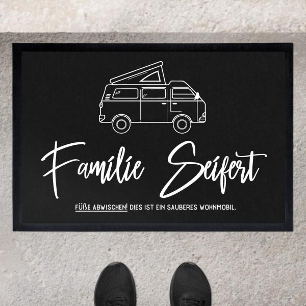 Fußmatte mit Motiv Caravan und Familienname personalisiert