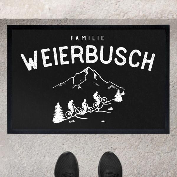 Fußmatte mit Motiv MTB Biker Fahrradfahrer in den Bergen und Namen personalisiert
