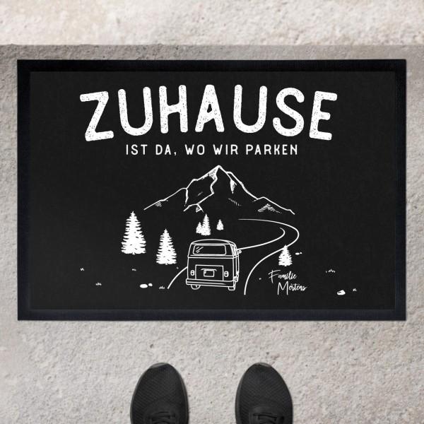 Fußmatte mit Motiv Roadtrip Camping Caravan und Namen personalisiert